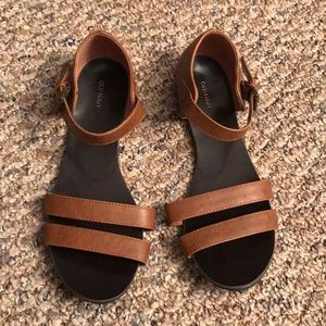 Size 9 Old Navy Sandals